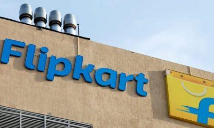 E-Retailers Amazon and Flipkart are at Loggerheads with the Regulatory Authorities