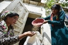 As more go hungry and malnutrition persists, achieving Zero Hunger by 2030 in doubt, UN report warns